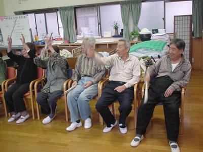 集団レクリエーション/堺市 介護施設 認知症予防